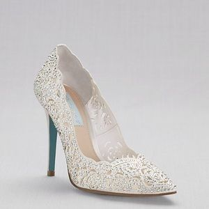 Betsey Johnson white wedding shoes crystal  5.5